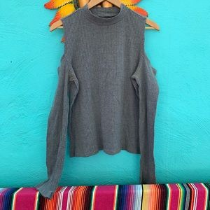 Gray long Sleeve Shirt with Curt Out Shoulders